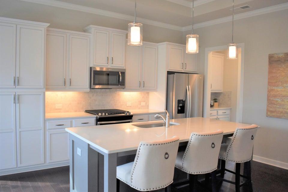 Brunswick Forest Real Estate - http://cdn.resize.sparkplatform.com/ncr/1024x768/true/20180209173150306999000000-o.jpg