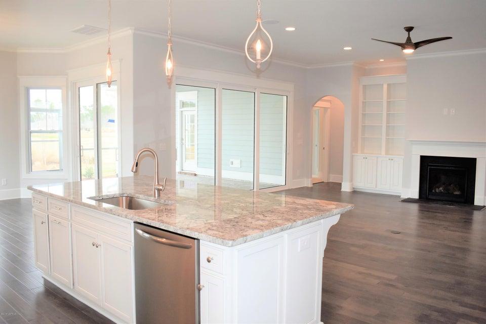 Brunswick Forest Real Estate - http://cdn.resize.sparkplatform.com/ncr/1024x768/true/20180209174258030687000000-o.jpg
