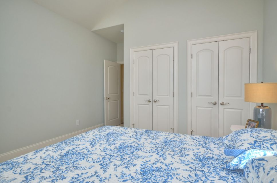 St James Real Estate - http://cdn.resize.sparkplatform.com/ncr/1024x768/true/20180209221637679989000000-o.jpg