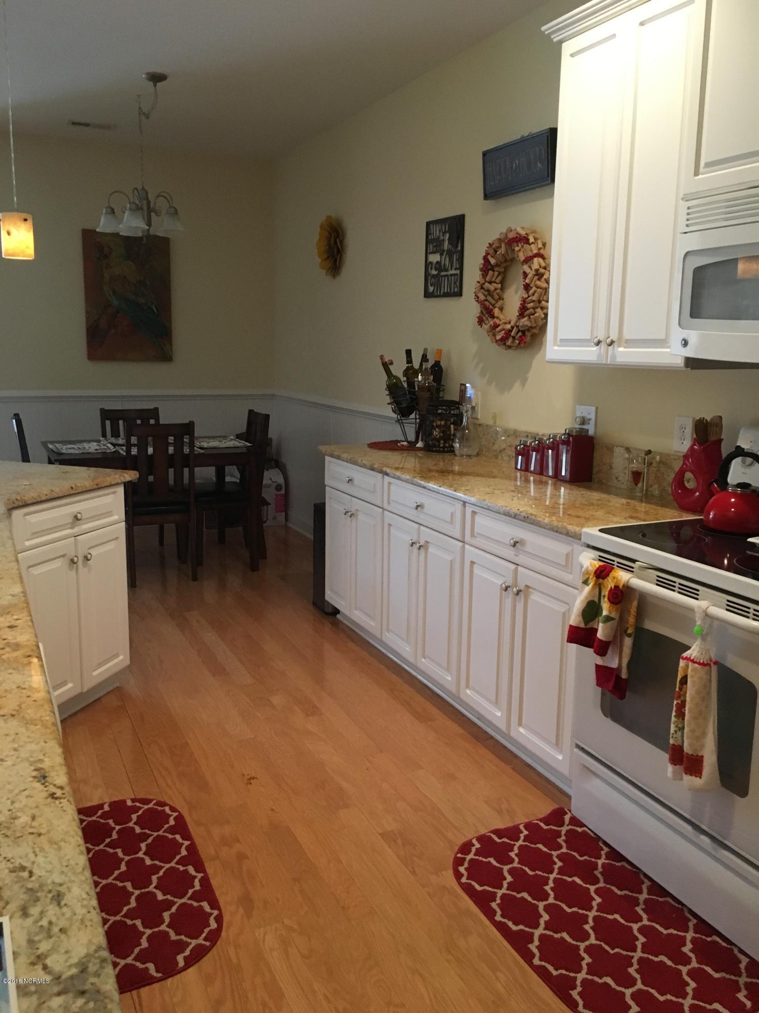 Waterford of the Carolinas Real Estate - http://cdn.resize.sparkplatform.com/ncr/1024x768/true/20180210204834738018000000-o.jpg