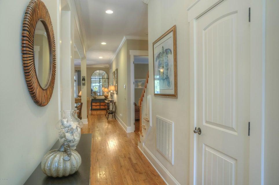 Cottage Point Real Estate - http://cdn.resize.sparkplatform.com/ncr/1024x768/true/20180213181508309146000000-o.jpg