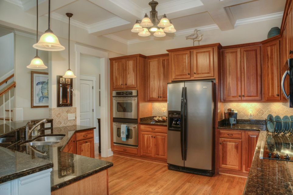 Cottage Point Real Estate - http://cdn.resize.sparkplatform.com/ncr/1024x768/true/20180213181508977982000000-o.jpg