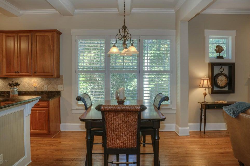 Cottage Point Real Estate - http://cdn.resize.sparkplatform.com/ncr/1024x768/true/20180213181509290004000000-o.jpg