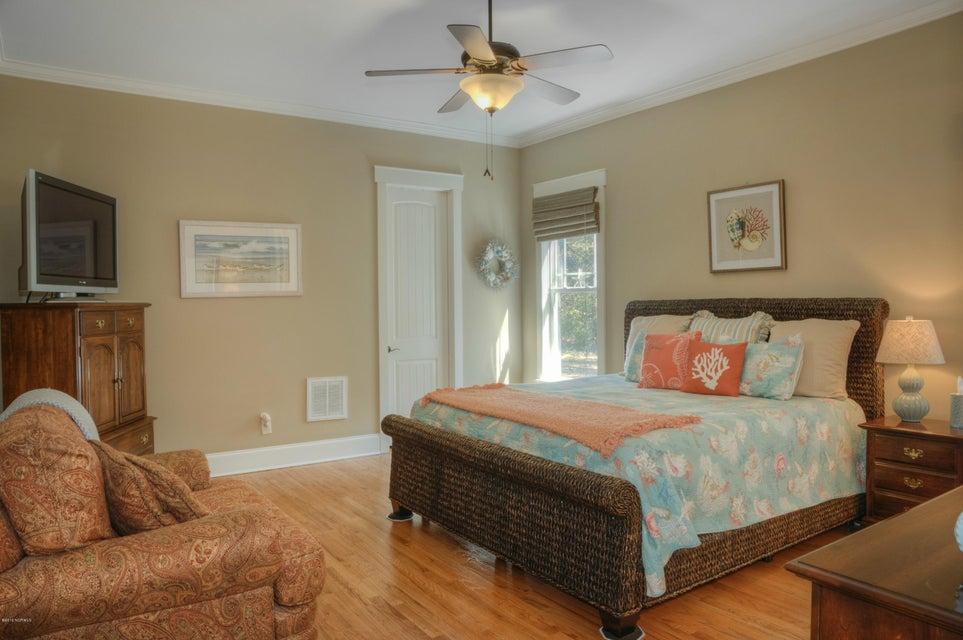 Cottage Point Real Estate - http://cdn.resize.sparkplatform.com/ncr/1024x768/true/20180213181510921255000000-o.jpg