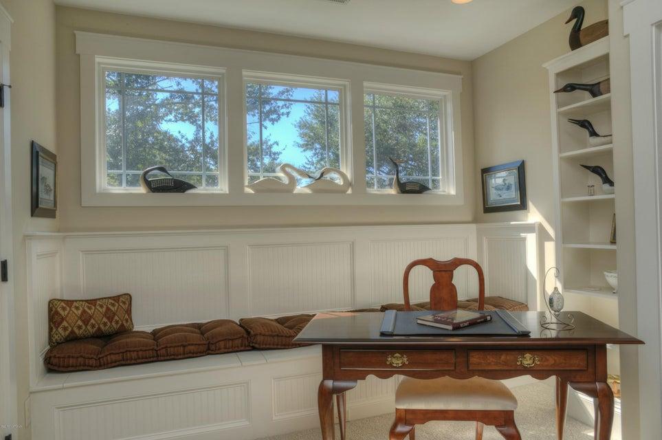 Cottage Point Real Estate - http://cdn.resize.sparkplatform.com/ncr/1024x768/true/20180213181511629782000000-o.jpg