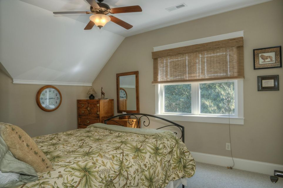 Cottage Point Real Estate - http://cdn.resize.sparkplatform.com/ncr/1024x768/true/20180213181511770829000000-o.jpg
