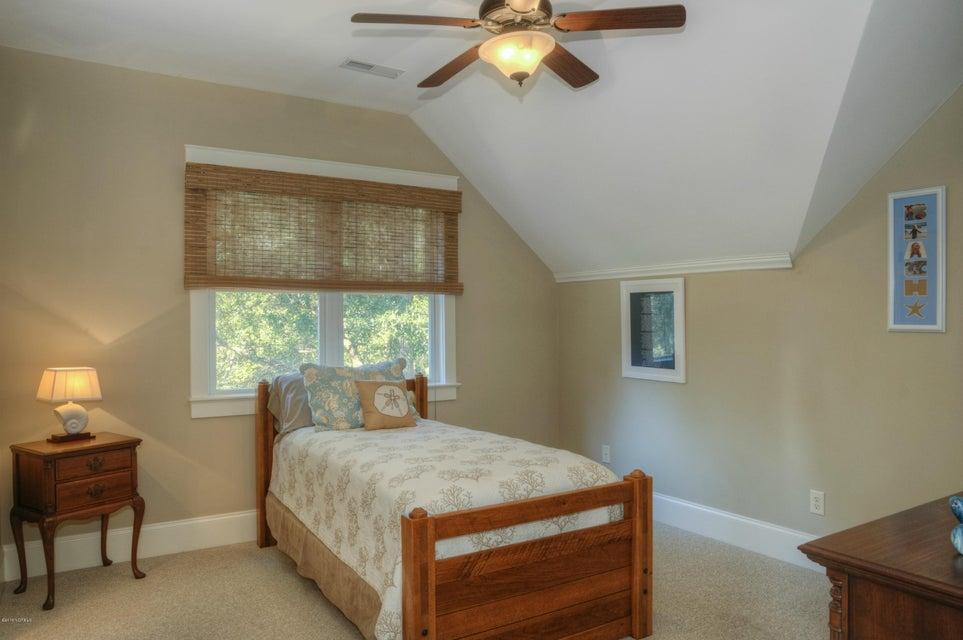 Cottage Point Real Estate - http://cdn.resize.sparkplatform.com/ncr/1024x768/true/20180213181512469489000000-o.jpg