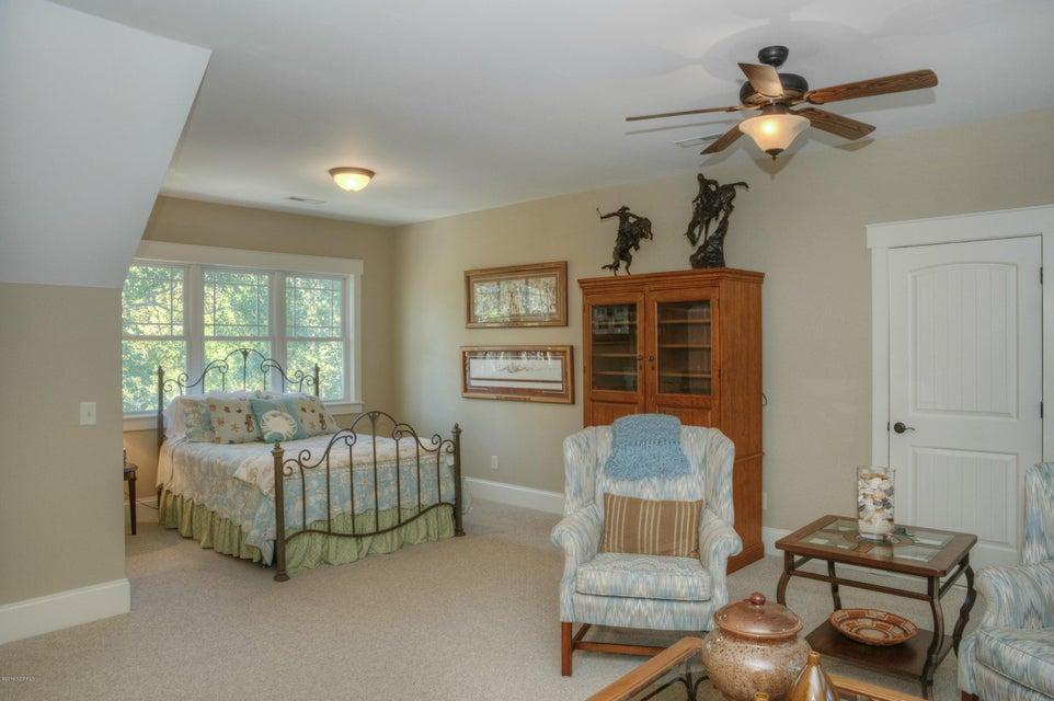 Cottage Point Real Estate - http://cdn.resize.sparkplatform.com/ncr/1024x768/true/20180213181513057759000000-o.jpg