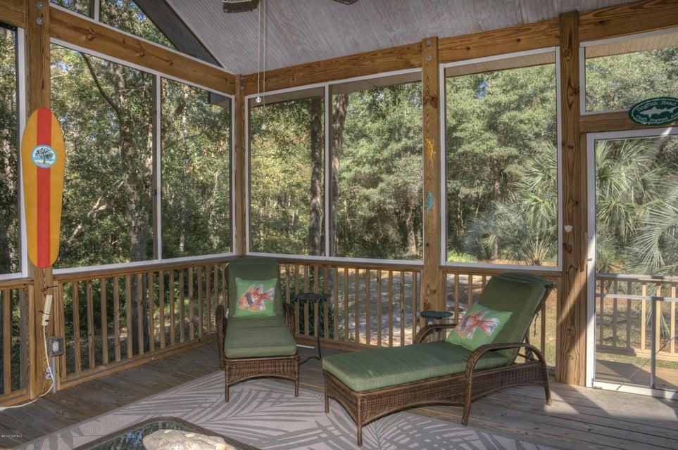 Cottage Point Real Estate - http://cdn.resize.sparkplatform.com/ncr/1024x768/true/20180213181513468791000000-o.jpg