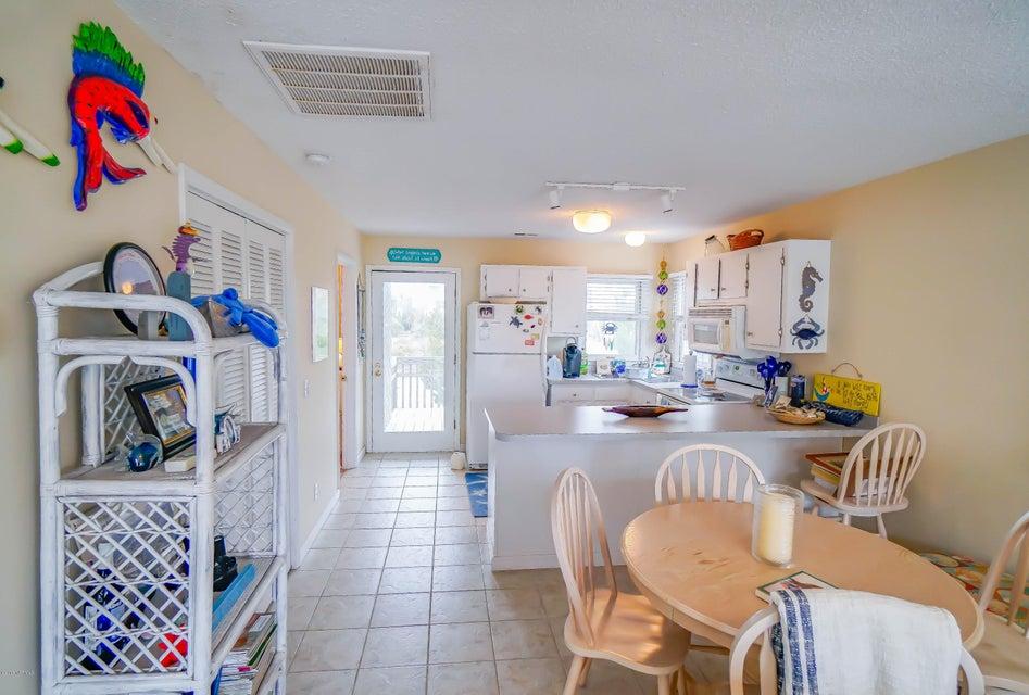 Rhoda McMillan Real Estate - http://cdn.resize.sparkplatform.com/ncr/1024x768/true/20180214142137480560000000-o.jpg