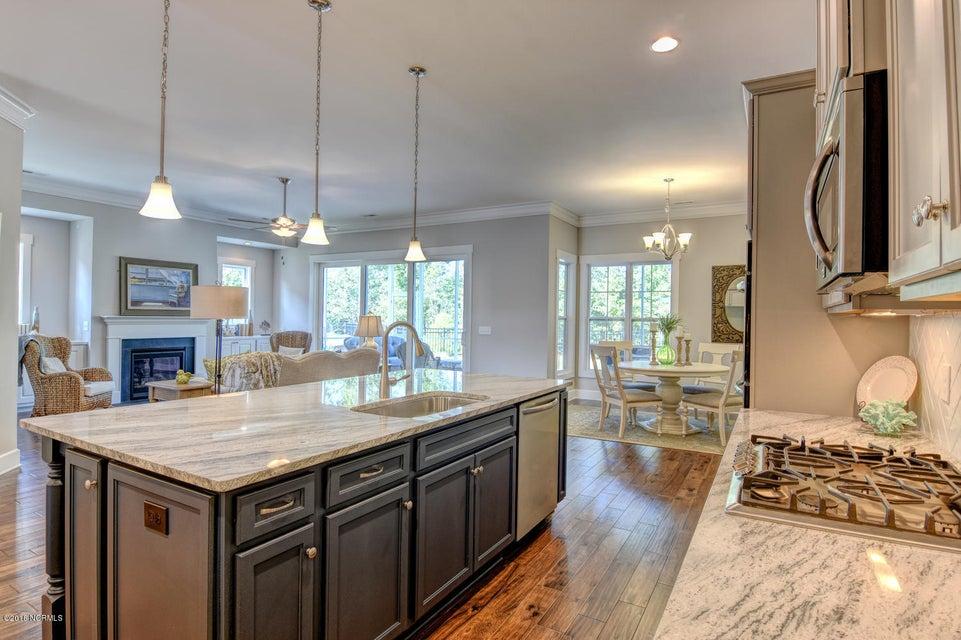 Brunswick Forest Real Estate - http://cdn.resize.sparkplatform.com/ncr/1024x768/true/20180215175158909690000000-o.jpg
