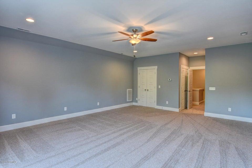 Brunswick Forest Real Estate - http://cdn.resize.sparkplatform.com/ncr/1024x768/true/20180215175306370488000000-o.jpg