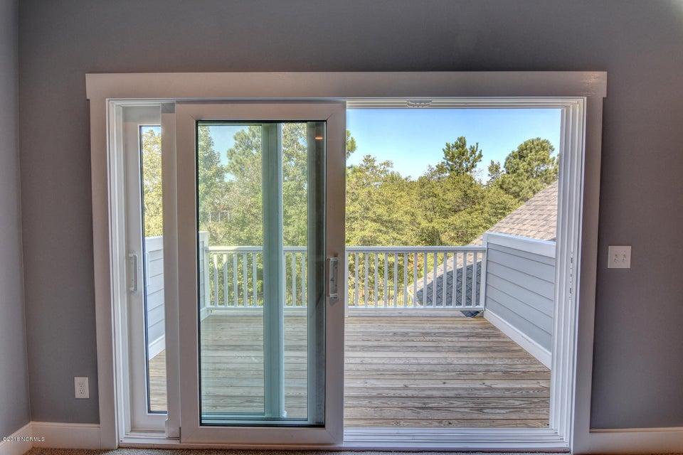 Brunswick Forest Real Estate - http://cdn.resize.sparkplatform.com/ncr/1024x768/true/20180215175313811025000000-o.jpg