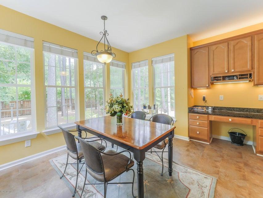 Highland Shores Real Estate - http://cdn.resize.sparkplatform.com/ncr/1024x768/true/20180215180004433156000000-o.jpg