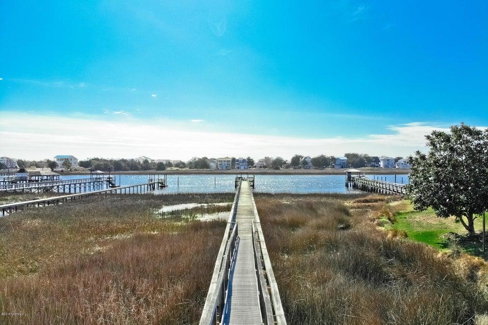 Waterway Acres Real Estate - http://cdn.resize.sparkplatform.com/ncr/1024x768/true/20180216173923062579000000-o.jpg