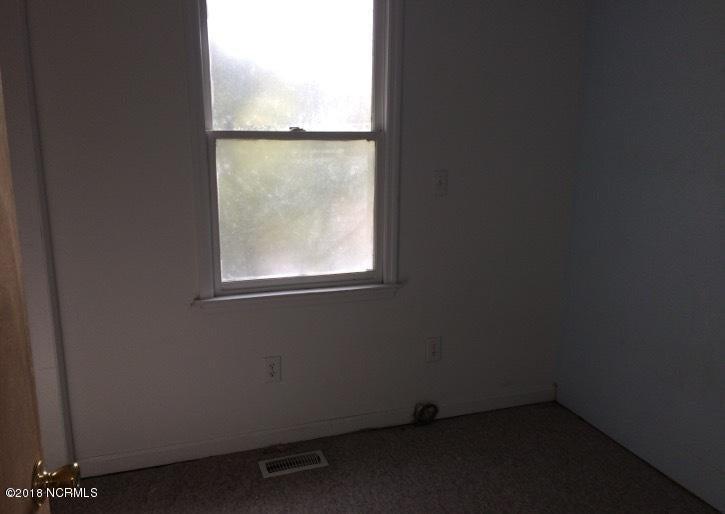 Not In Subdivision Real Estate - http://cdn.resize.sparkplatform.com/ncr/1024x768/true/20180216190059615036000000-o.jpg