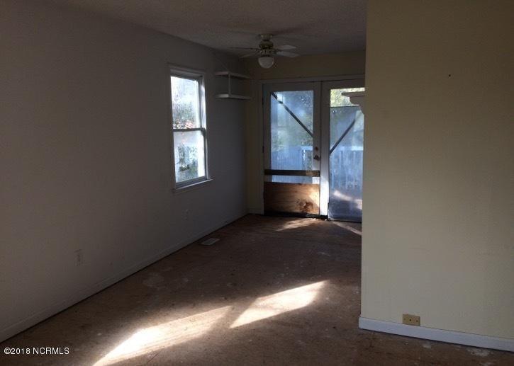 Not In Subdivision Real Estate - http://cdn.resize.sparkplatform.com/ncr/1024x768/true/20180216190100398308000000-o.jpg