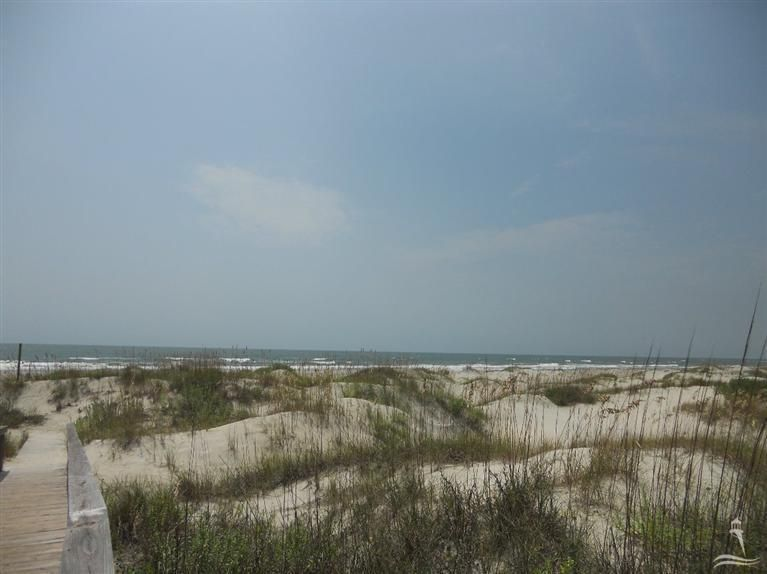 Holden Beach West Real Estate - http://cdn.resize.sparkplatform.com/ncr/1024x768/true/20180221190647231084000000-o.jpg