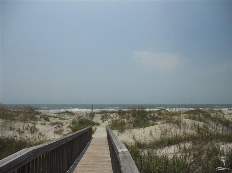 Holden Beach West Real Estate - http://cdn.resize.sparkplatform.com/ncr/1024x768/true/20180221190647346460000000-o.jpg