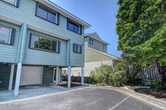 332 Causeway Drive,Wrightsville Beach,North Carolina,3 Bedrooms Bedrooms,6 Rooms Rooms,2 BathroomsBathrooms,Condominium,Causeway,100102316