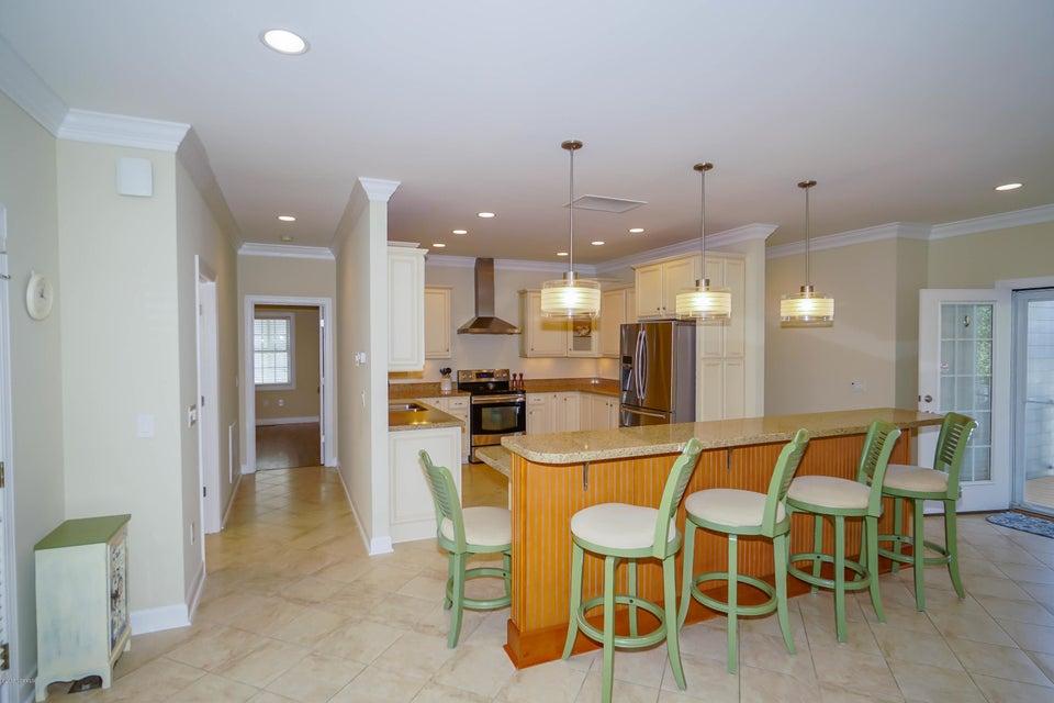 Tanglewood Real Estate - http://cdn.resize.sparkplatform.com/ncr/1024x768/true/20180226172403267075000000-o.jpg