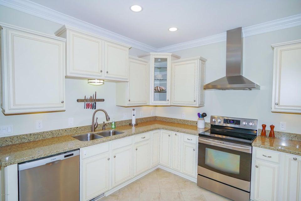 Tanglewood Real Estate - http://cdn.resize.sparkplatform.com/ncr/1024x768/true/20180226172429600352000000-o.jpg