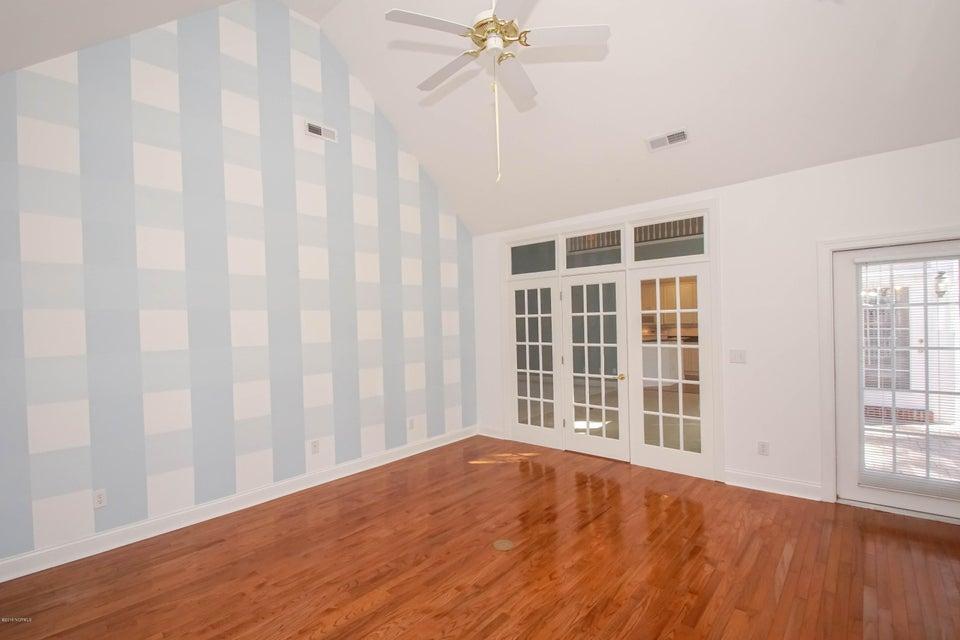 Ocean Ridge Real Estate - http://cdn.resize.sparkplatform.com/ncr/1024x768/true/20180228124433826141000000-o.jpg