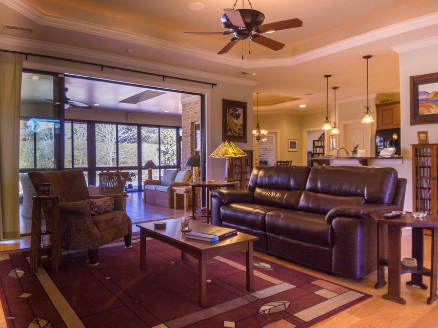 Brunswick Forest Real Estate - http://cdn.resize.sparkplatform.com/ncr/1024x768/true/20180228195204560107000000-o.jpg