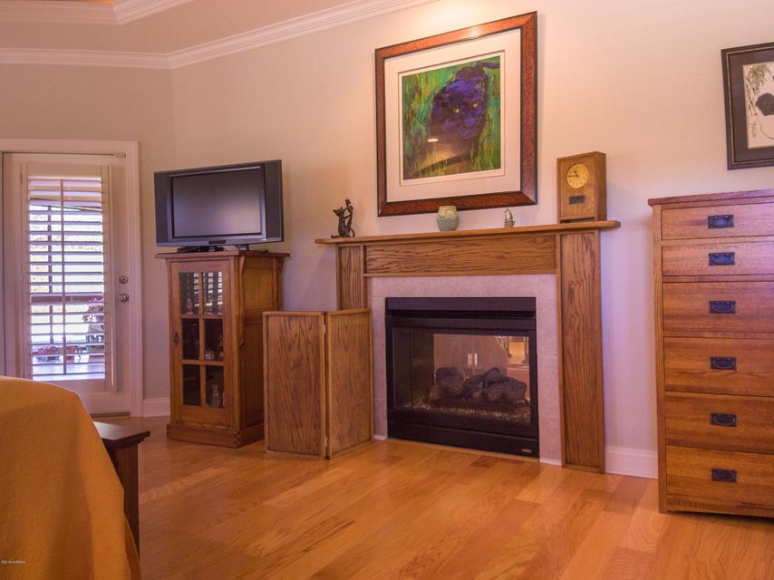Brunswick Forest Real Estate - http://cdn.resize.sparkplatform.com/ncr/1024x768/true/20180228195223978192000000-o.jpg