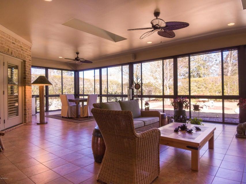 Brunswick Forest Real Estate - http://cdn.resize.sparkplatform.com/ncr/1024x768/true/20180228195321211267000000-o.jpg
