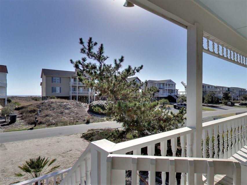 Holden Beach West Real Estate - http://cdn.resize.sparkplatform.com/ncr/1024x768/true/20180301193957670588000000-o.jpg
