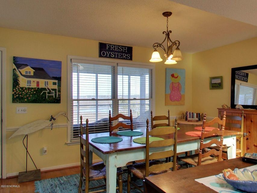 Holden Beach West Real Estate - http://cdn.resize.sparkplatform.com/ncr/1024x768/true/20180301194009286968000000-o.jpg