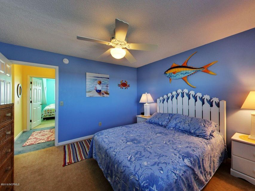 Holden Beach West Real Estate - http://cdn.resize.sparkplatform.com/ncr/1024x768/true/20180301194033113504000000-o.jpg