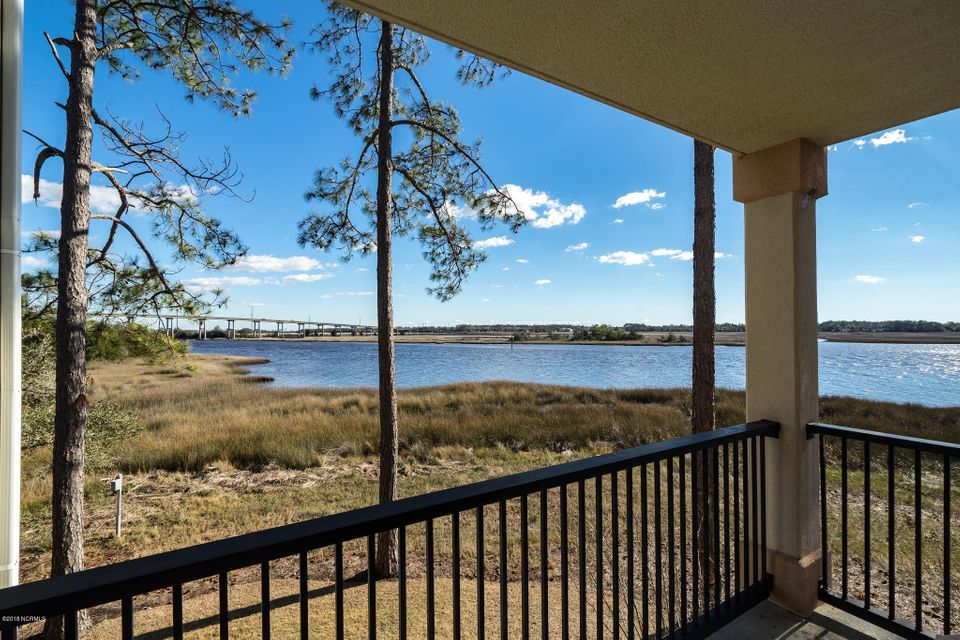 The Preserve at Oak Island Real Estate - http://cdn.resize.sparkplatform.com/ncr/1024x768/true/20180301205824560364000000-o.jpg