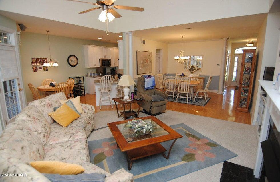 Waterford of the Carolinas Real Estate - http://cdn.resize.sparkplatform.com/ncr/1024x768/true/20180301210754465546000000-o.jpg
