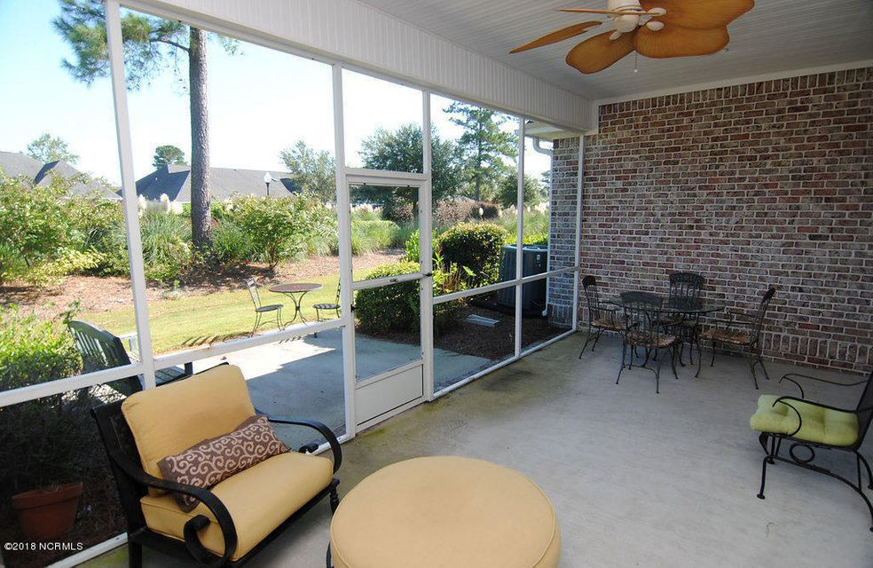 Waterford of the Carolinas Real Estate - http://cdn.resize.sparkplatform.com/ncr/1024x768/true/20180301210823562107000000-o.jpg