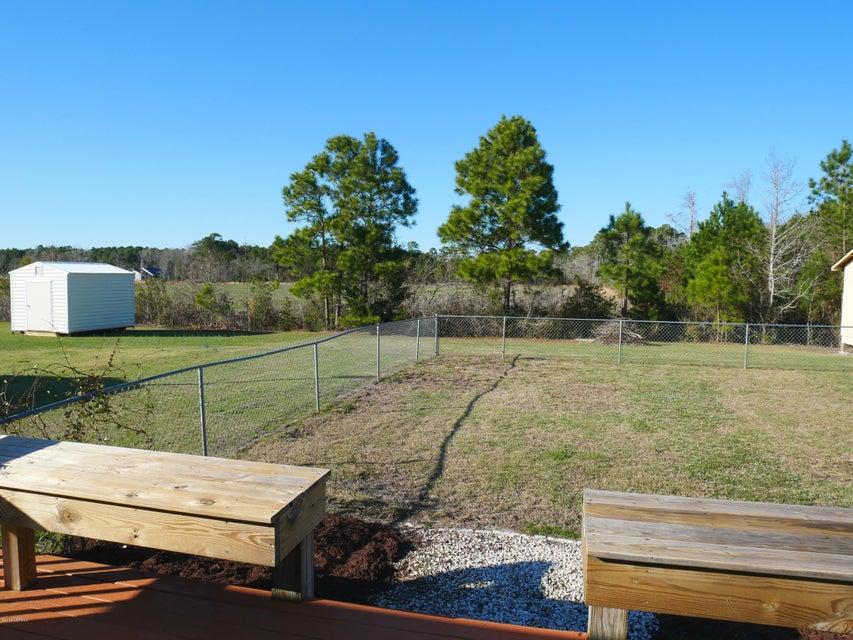 Holiday Pines Real Estate - http://cdn.resize.sparkplatform.com/ncr/1024x768/true/20180302165317961533000000-o.jpg