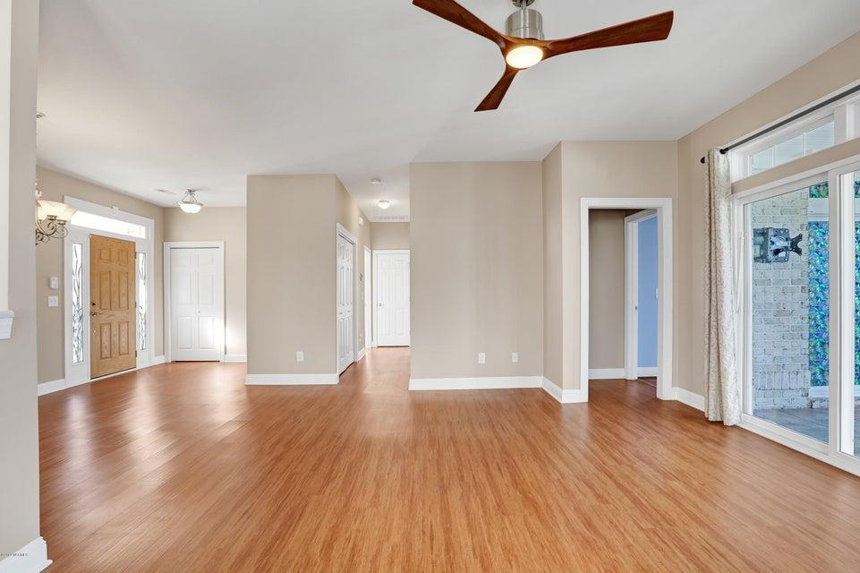 Waterford of the Carolinas Real Estate - http://cdn.resize.sparkplatform.com/ncr/1024x768/true/20180302171904250999000000-o.jpg