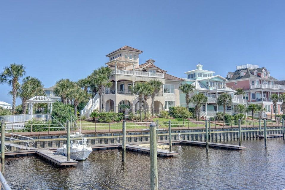 Oceana Real Estate - http://cdn.resize.sparkplatform.com/ncr/1024x768/true/20180302184414161410000000-o.jpg