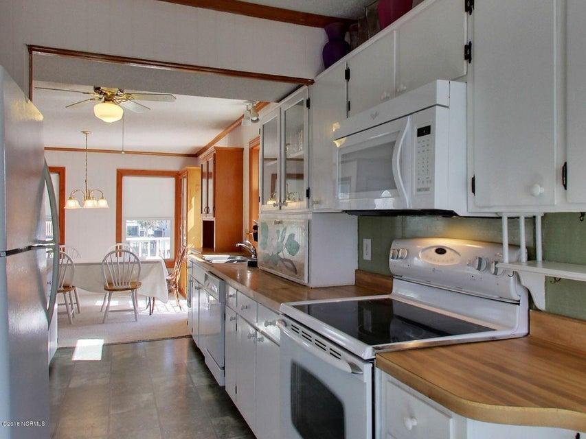 Fortner Real Estate - http://cdn.resize.sparkplatform.com/ncr/1024x768/true/20180303171108246511000000-o.jpg
