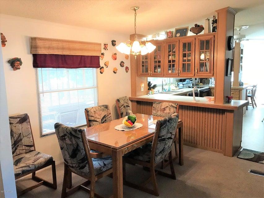 Buccaneer Hills Real Estate - http://cdn.resize.sparkplatform.com/ncr/1024x768/true/20180305222935719123000000-o.jpg