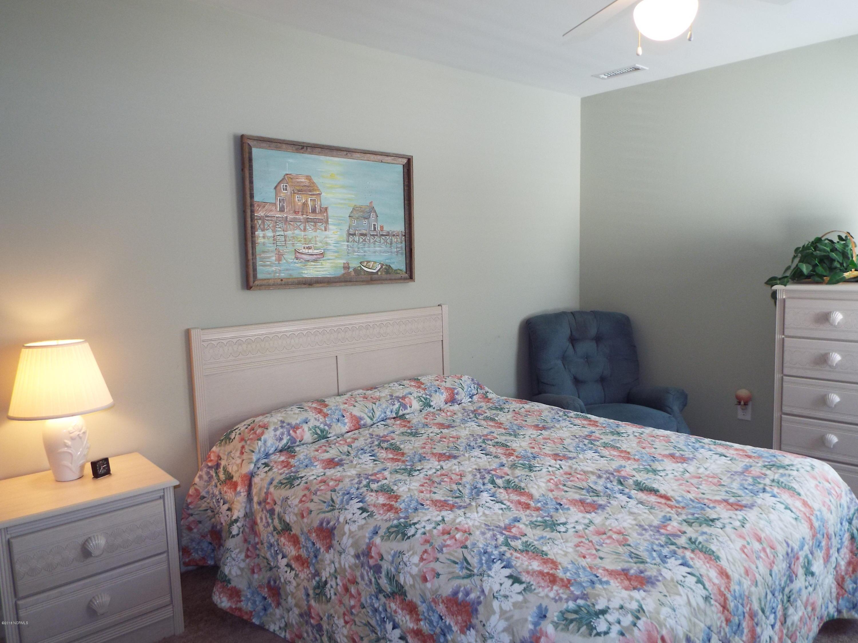 Old Ferry Estates Real Estate - http://cdn.resize.sparkplatform.com/ncr/1024x768/true/20180306035849799279000000-o.jpg