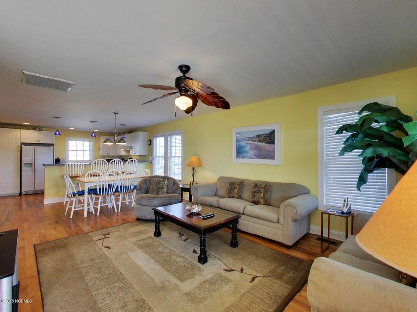 Holden Beach Harbor Real Estate - http://cdn.resize.sparkplatform.com/ncr/1024x768/true/20180306200204529449000000-o.jpg