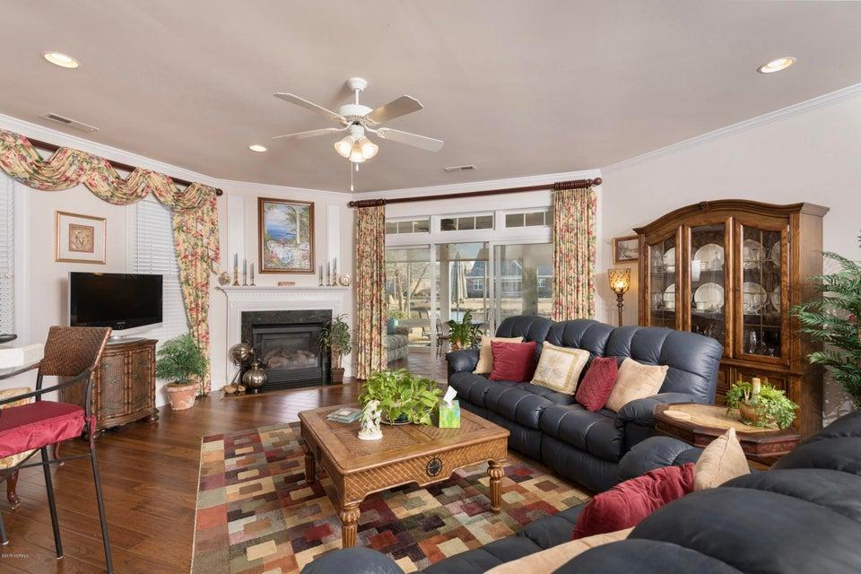 Waterford of the Carolinas Real Estate - http://cdn.resize.sparkplatform.com/ncr/1024x768/true/20180306211236879252000000-o.jpg