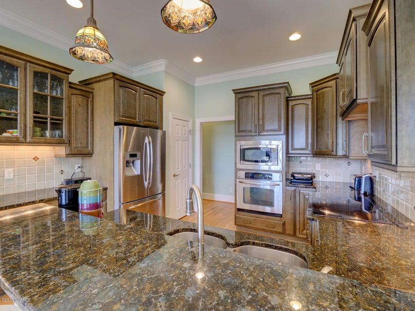 Brunswick Forest Real Estate - http://cdn.resize.sparkplatform.com/ncr/1024x768/true/20180306235519286664000000-o.jpg