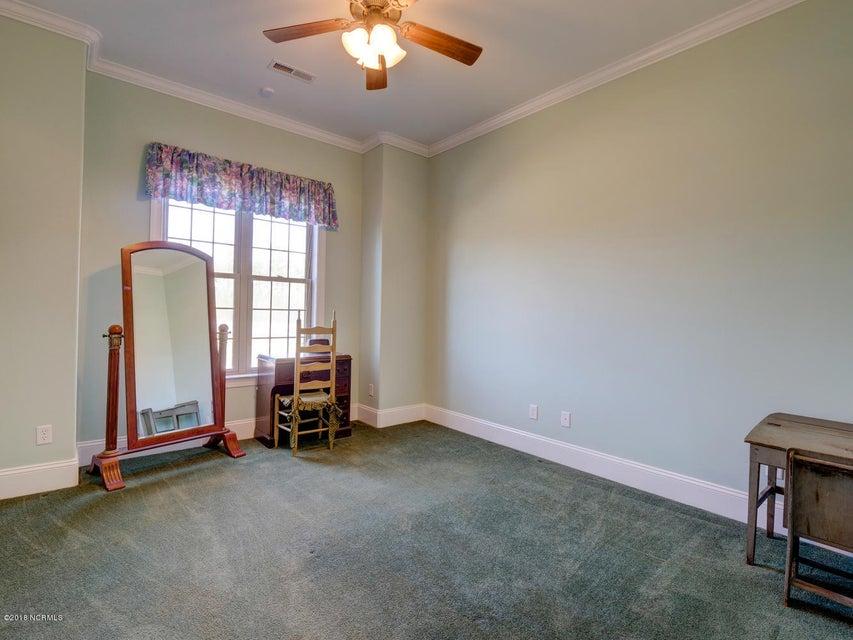 Brunswick Forest Real Estate - http://cdn.resize.sparkplatform.com/ncr/1024x768/true/20180306235520427668000000-o.jpg