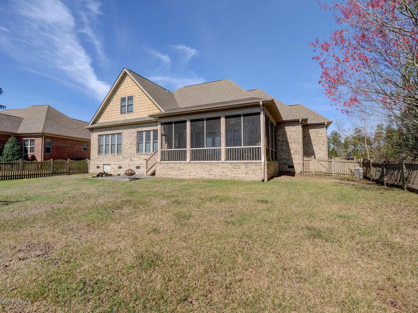 Brunswick Forest Real Estate - http://cdn.resize.sparkplatform.com/ncr/1024x768/true/20180306235541769516000000-o.jpg