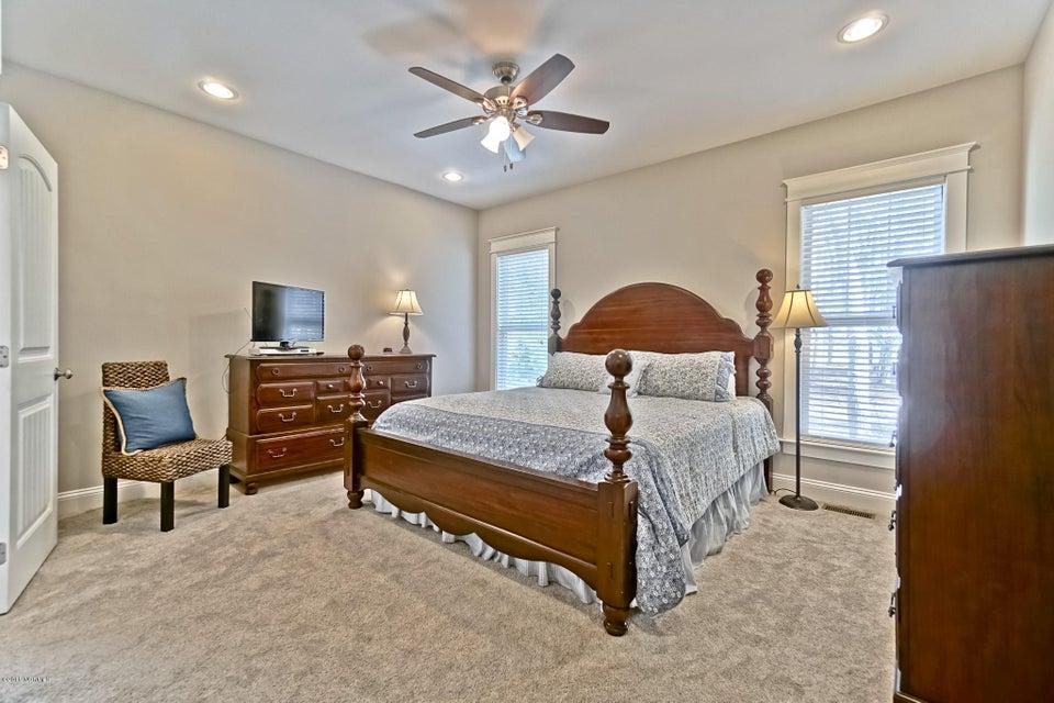 Lockwood Folly Real Estate - http://cdn.resize.sparkplatform.com/ncr/1024x768/true/20180307023247007645000000-o.jpg