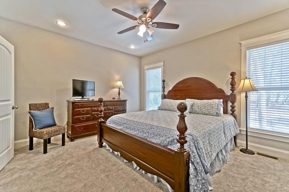 Lockwood Folly Real Estate - http://cdn.resize.sparkplatform.com/ncr/1024x768/true/20180307023251076873000000-o.jpg