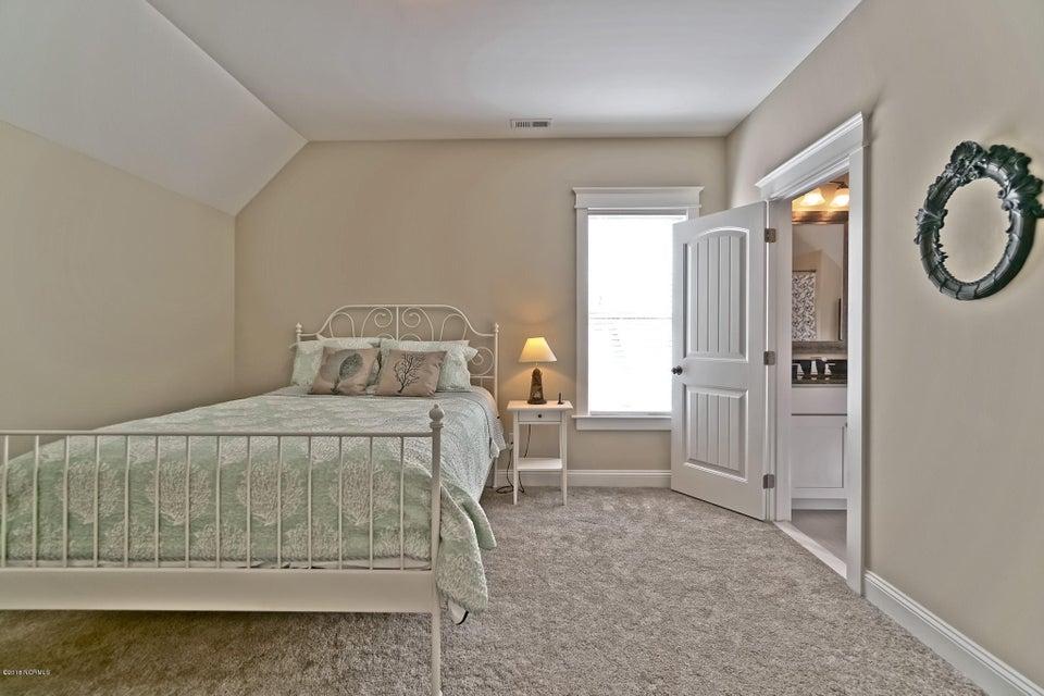 Lockwood Folly Real Estate - http://cdn.resize.sparkplatform.com/ncr/1024x768/true/20180307023319540510000000-o.jpg